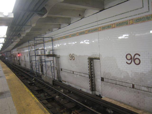(48k, 640x480)<br><b>Country:</b> United States<br><b>City:</b> New York<br><b>System:</b> New York City Transit<br><b>Line:</b> IRT West Side Line<br><b>Location:</b> 96th Street <br><b>Photo by:</b> David Blair<br><b>Date:</b> 2/21/2010<br><b>Notes:</b> Station renovation.<br><b>Viewed (this week/total):</b> 0 / 905
