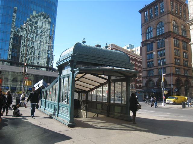 (69k, 640x480)<br><b>Country:</b> United States<br><b>City:</b> New York<br><b>System:</b> New York City Transit<br><b>Line:</b> IRT East Side Line<br><b>Location:</b> Astor Place <br><b>Photo by:</b> David Blair<br><b>Date:</b> 2/21/2010<br><b>Notes:</b> Uptown side.<br><b>Viewed (this week/total):</b> 1 / 1097