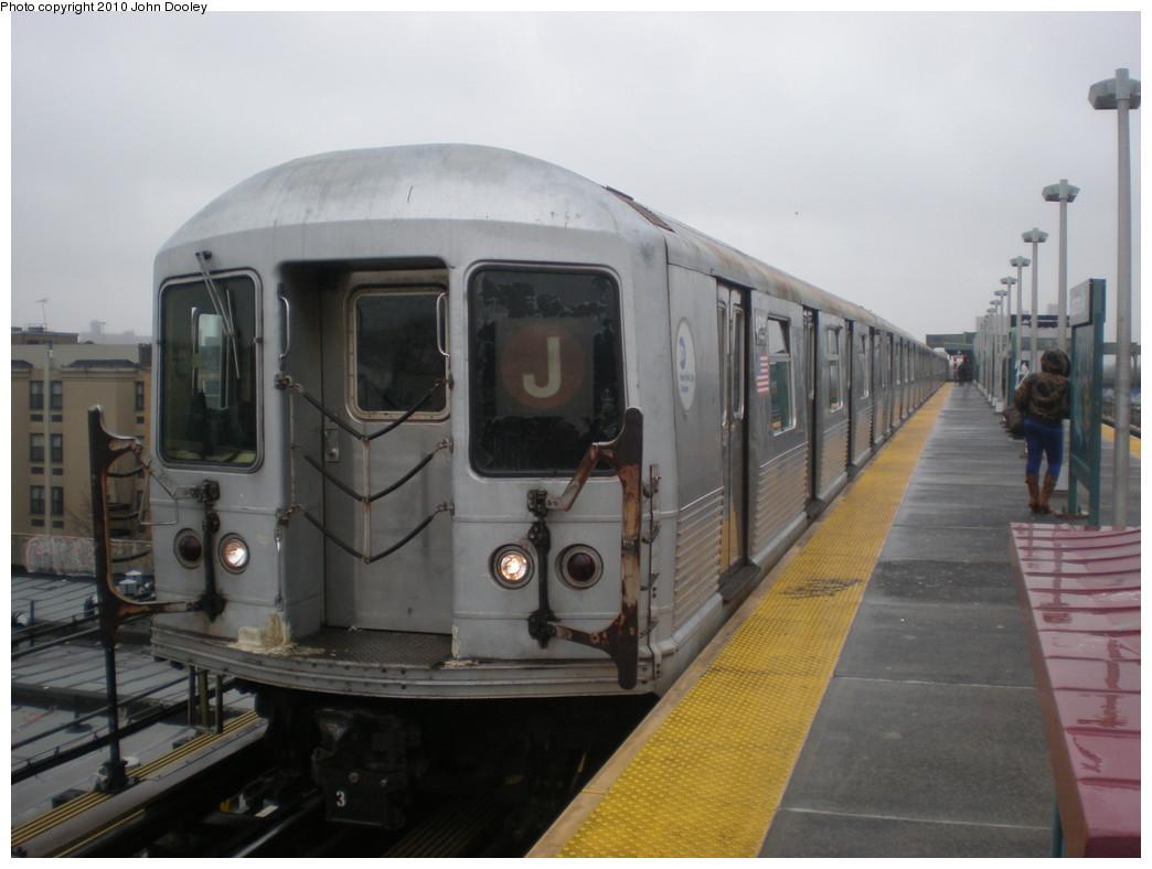 (174k, 1044x788)<br><b>Country:</b> United States<br><b>City:</b> New York<br><b>System:</b> New York City Transit<br><b>Line:</b> BMT Nassau Street/Jamaica Line<br><b>Location:</b> Alabama Avenue <br><b>Route:</b> J<br><b>Car:</b> R-42 (St. Louis, 1969-1970)   <br><b>Photo by:</b> John Dooley<br><b>Date:</b> 2/24/2010<br><b>Viewed (this week/total):</b> 1 / 1280