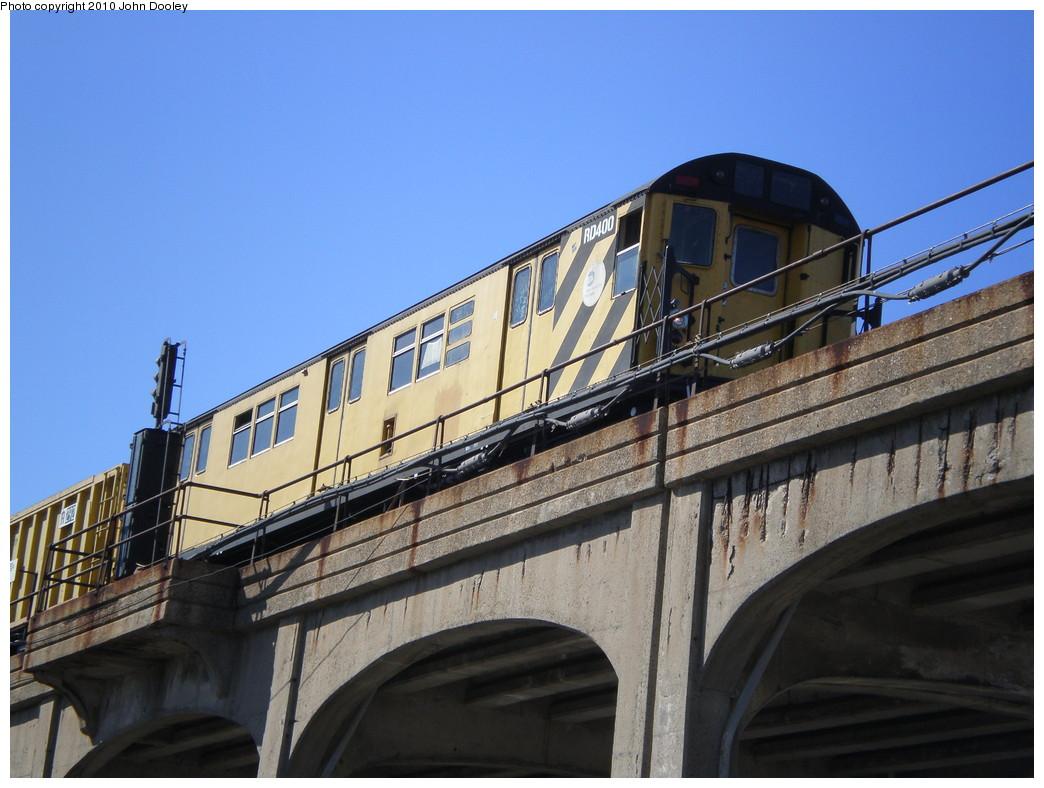 (220k, 1044x788)<br><b>Country:</b> United States<br><b>City:</b> New York<br><b>System:</b> New York City Transit<br><b>Line:</b> IND Rockaway<br><b>Location:</b> Beach 90th Street/Holland <br><b>Route:</b> Work Service<br><b>Car:</b> R-161 Rider Car (ex-R-33)  RD400 <br><b>Photo by:</b> John Dooley<br><b>Date:</b> 3/6/2010<br><b>Viewed (this week/total):</b> 2 / 821