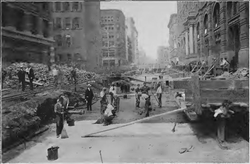"""(103k, 800x524)<br><b>Country:</b> United States<br><b>City:</b> New York<br><b>System:</b> New York City Transit<br><b>Line:</b> IRT (Early Views of Construction)<br><b>Collection of:</b> Board of Rapid Transit Railroad Commissioners - File Photo<br><b>Date:</b> 1901<br><b>Notes:</b> Waterproofing Roof of Subway at€"""" Elm Street (Report of the Board, 1901)<br><b>Viewed (this week/total):</b> 3 / 1645"""