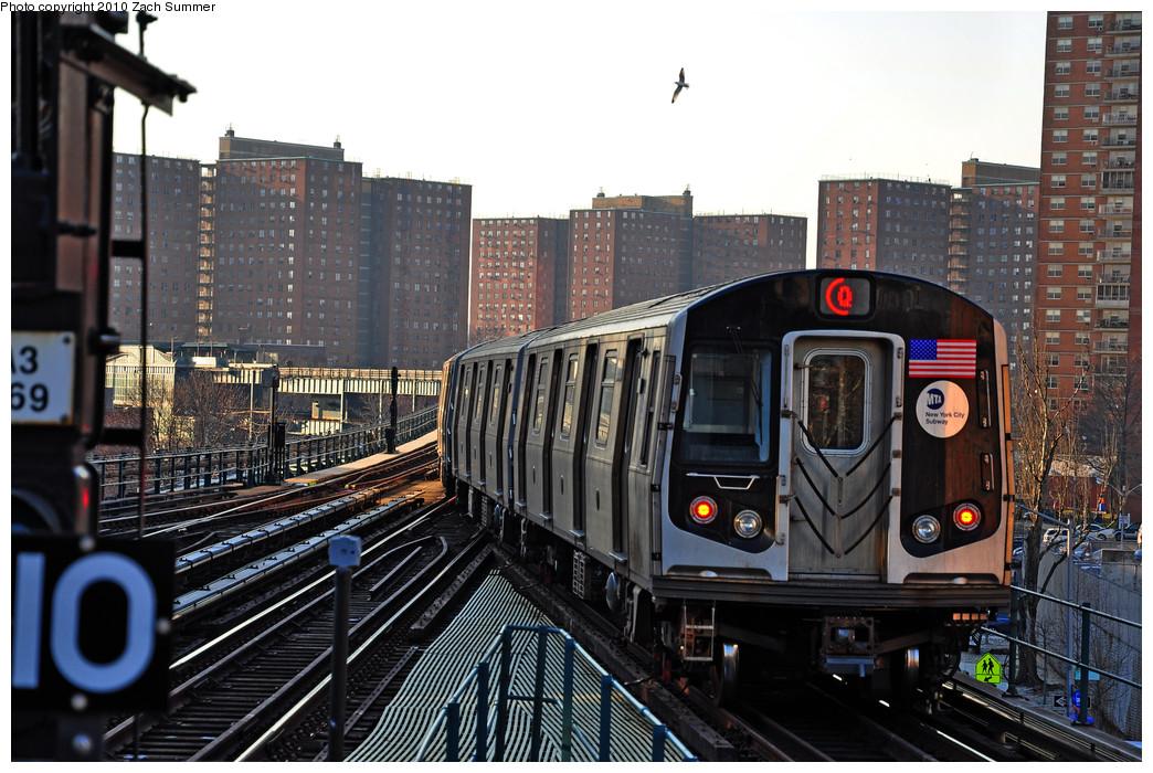 (288k, 1044x700)<br><b>Country:</b> United States<br><b>City:</b> New York<br><b>System:</b> New York City Transit<br><b>Line:</b> BMT Brighton Line<br><b>Location:</b> Ocean Parkway <br><b>Route:</b> Q<br><b>Car:</b> R-160A-2 (Alstom, 2005-2008, 5 car sets)  8663 <br><b>Photo by:</b> Zach Summer<br><b>Date:</b> 1/14/2010<br><b>Viewed (this week/total):</b> 0 / 1527