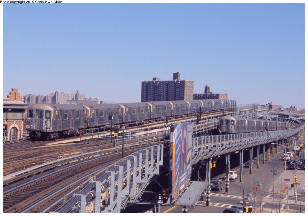 (196k, 1044x734)<br><b>Country:</b> United States<br><b>City:</b> New York<br><b>System:</b> New York City Transit<br><b>Line:</b> IRT Pelham Line<br><b>Location:</b> Westchester Square <br><b>Route:</b> 6<br><b>Car:</b> R-62A (Bombardier, 1984-1987)  1826 <br><b>Photo by:</b> Chao-Hwa Chen<br><b>Date:</b> 3/6/2000<br><b>Viewed (this week/total):</b> 3 / 1615