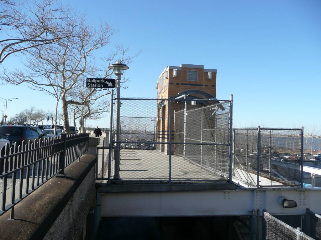 (146k, 1024x768)<br><b>Country:</b> United States<br><b>City:</b> New York<br><b>System:</b> New York City Transit<br><b>Line:</b> SIRT<br><b>Location:</b> Ball Park <br><b>Photo by:</b> Robbie Rosenfeld<br><b>Date:</b> 3/16/2010<br><b>Notes:</b> Ball Park station on SIRT, closed for cost cutting.<br><b>Viewed (this week/total):</b> 0 / 1753