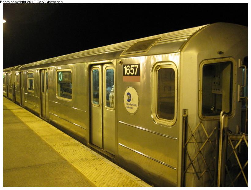 (133k, 820x620)<br><b>Country:</b> United States<br><b>City:</b> New York<br><b>System:</b> New York City Transit<br><b>Line:</b> IRT Flushing Line<br><b>Location:</b> 61st Street/Woodside <br><b>Route:</b> 7<br><b>Car:</b> R-62A (Bombardier, 1984-1987)  1657 <br><b>Photo by:</b> Gary Chatterton<br><b>Date:</b> 3/6/2010<br><b>Viewed (this week/total):</b> 0 / 1052