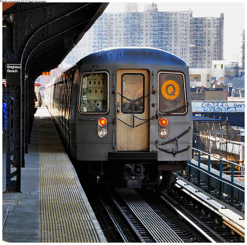 (436k, 1044x1036)<br><b>Country:</b> United States<br><b>City:</b> New York<br><b>System:</b> New York City Transit<br><b>Line:</b> BMT Brighton Line<br><b>Location:</b> Brighton Beach <br><b>Route:</b> Q<br><b>Car:</b> R-68A (Kawasaki, 1988-1989)  5126 <br><b>Photo by:</b> Zach Summer<br><b>Date:</b> 3/8/2010<br><b>Viewed (this week/total):</b> 1 / 926