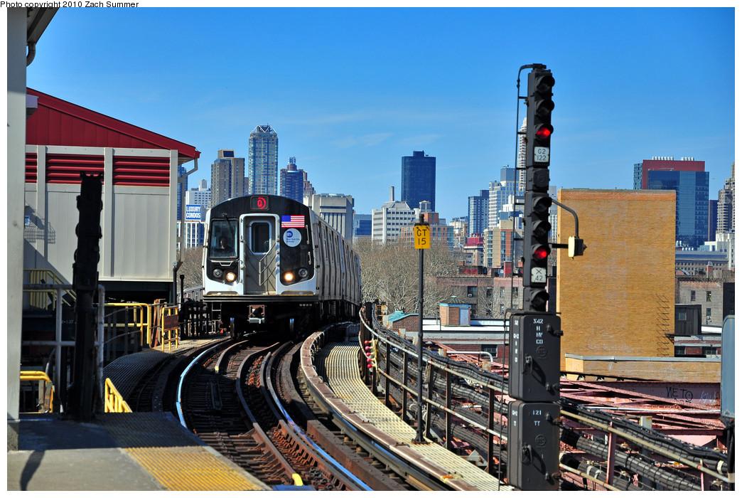 (302k, 1044x700)<br><b>Country:</b> United States<br><b>City:</b> New York<br><b>System:</b> New York City Transit<br><b>Line:</b> BMT Astoria Line<br><b>Location:</b> Queensborough Plaza <br><b>Route:</b> Q<br><b>Car:</b> R-160B (Kawasaki, 2005-2008)  8813 <br><b>Photo by:</b> Zach Summer<br><b>Date:</b> 3/7/2010<br><b>Notes:</b> Q Trains extended from 57 St/7 Av to Ditmars Blvd<br><b>Viewed (this week/total):</b> 3 / 1187