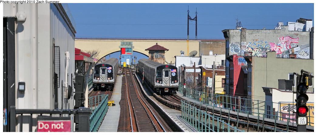 (208k, 1044x446)<br><b>Country:</b> United States<br><b>City:</b> New York<br><b>System:</b> New York City Transit<br><b>Line:</b> BMT Astoria Line<br><b>Location:</b> Astoria Boulevard/Hoyt Avenue <br><b>Route:</b> N<br><b>Car:</b> R-160B (Kawasaki, 2005-2008)  8848 <br><b>Photo by:</b> Zach Summer<br><b>Date:</b> 3/7/2010<br><b>Notes:</b> With a Ditmars Blvd-Bound N on the right.<br><b>Viewed (this week/total):</b> 3 / 1480