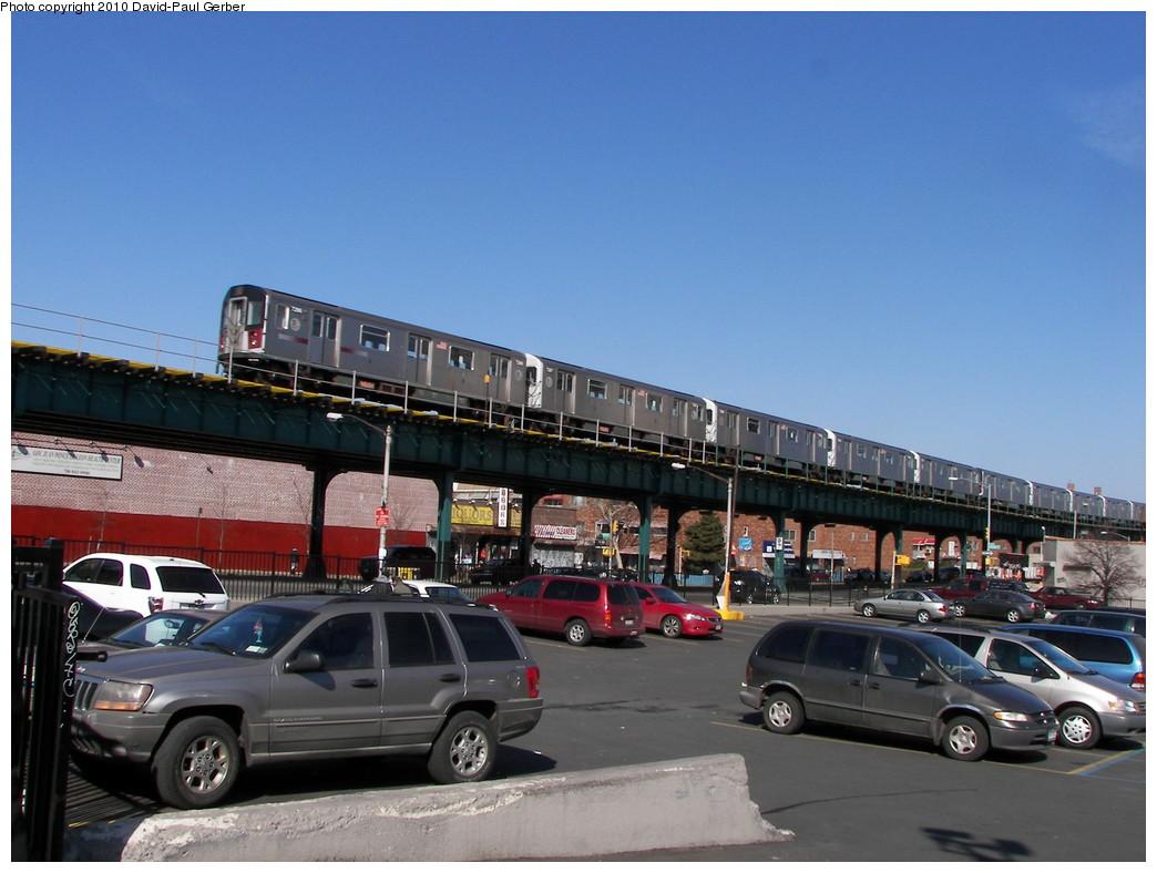 (252k, 1044x788)<br><b>Country:</b> United States<br><b>City:</b> New York<br><b>System:</b> New York City Transit<br><b>Line:</b> IRT Pelham Line<br><b>Location:</b> Morrison/Soundview Aves. <br><b>Route:</b> 6<br><b>Car:</b> R-142A (Primary Order, Kawasaki, 1999-2002)  7296 <br><b>Photo by:</b> David-Paul Gerber<br><b>Date:</b> 3/7/2010<br><b>Notes:</b> On Metcalf Ave near Westchester Ave, Pelham-bound train<br><b>Viewed (this week/total):</b> 2 / 1257