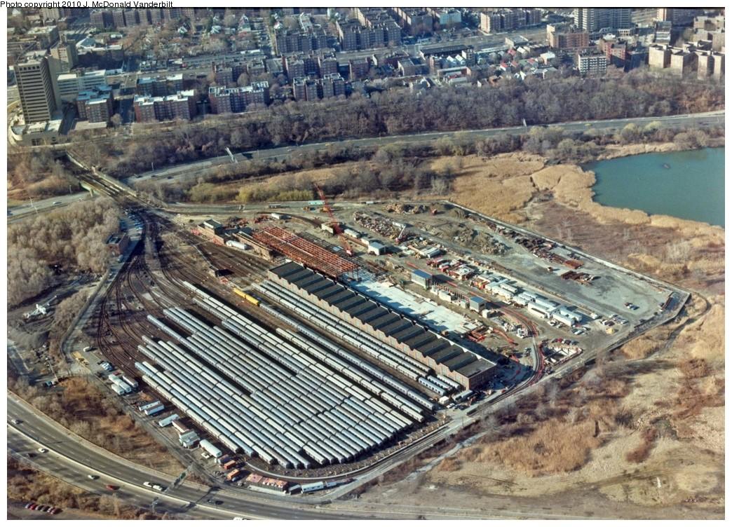 (303k, 1044x752)<br><b>Country:</b> United States<br><b>City:</b> New York<br><b>System:</b> New York City Transit<br><b>Location:</b> Jamaica Yard/Shops<br><b>Photo by:</b> J. McDonald Vanderbilt<br><b>Viewed (this week/total):</b> 0 / 2578