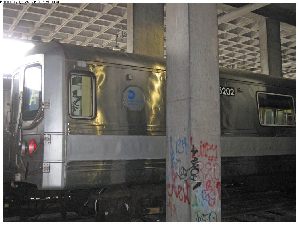 (273k, 1044x788)<br><b>Country:</b> United States<br><b>City:</b> New York<br><b>System:</b> New York City Transit<br><b>Location:</b> Pitkin Yard/Shops<br><b>Car:</b> R-44 (St. Louis, 1971-73) 5202 <br><b>Photo by:</b> Robert Mencher<br><b>Date:</b> 3/31/2010<br><b>Viewed (this week/total):</b> 0 / 1322