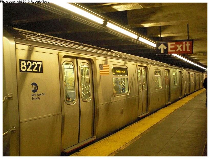 (215k, 820x620)<br><b>Country:</b> United States<br><b>City:</b> New York<br><b>System:</b> New York City Transit<br><b>Line:</b> BMT Canarsie Line<br><b>Location:</b> Grand Street <br><b>Route:</b> L<br><b>Car:</b> R-143 (Kawasaki, 2001-2002) 8227 <br><b>Photo by:</b> Roberto C. Tobar<br><b>Date:</b> 3/27/2010<br><b>Viewed (this week/total):</b> 0 / 1273