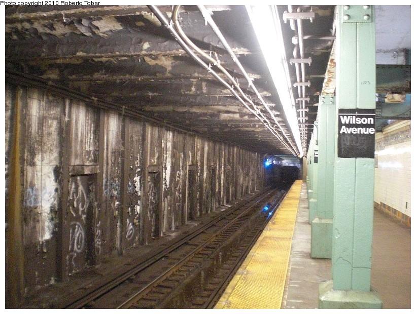 (215k, 820x620)<br><b>Country:</b> United States<br><b>City:</b> New York<br><b>System:</b> New York City Transit<br><b>Line:</b> BMT Canarsie Line<br><b>Location:</b> Wilson Avenue <br><b>Photo by:</b> Roberto C. Tobar<br><b>Date:</b> 3/27/2010<br><b>Notes:</b> Lower level.<br><b>Viewed (this week/total):</b> 0 / 2231