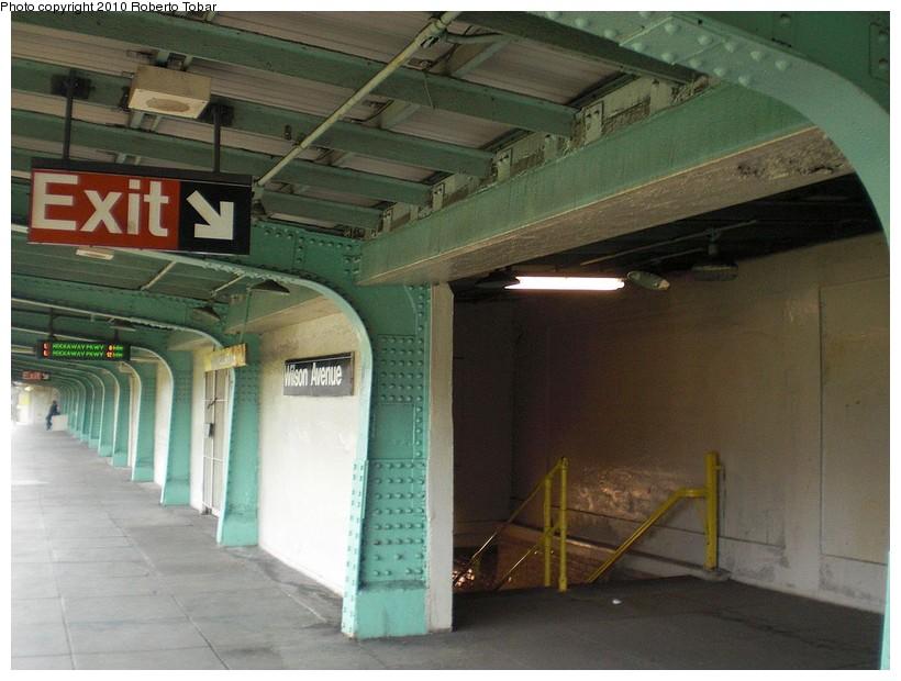 (161k, 820x620)<br><b>Country:</b> United States<br><b>City:</b> New York<br><b>System:</b> New York City Transit<br><b>Line:</b> BMT Canarsie Line<br><b>Location:</b> Wilson Avenue <br><b>Photo by:</b> Roberto C. Tobar<br><b>Date:</b> 3/27/2010<br><b>Notes:</b> Upper level.<br><b>Viewed (this week/total):</b> 0 / 1134