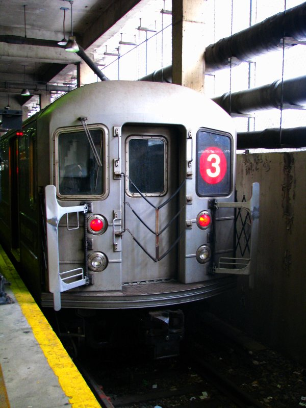 (102k, 600x800)<br><b>Country:</b> United States<br><b>City:</b> New York<br><b>System:</b> New York City Transit<br><b>Line:</b> IRT Lenox Line<br><b>Location:</b> 148th Street/Lenox Terminal <br><b>Route:</b> 3<br><b>Car:</b> R-62 (Kawasaki, 1983-1985)  1480 <br><b>Photo by:</b> Bill E.<br><b>Date:</b> 2/19/2010<br><b>Viewed (this week/total):</b> 2 / 1195
