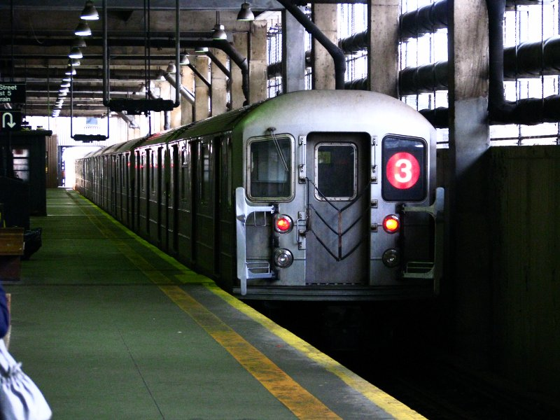 (115k, 800x600)<br><b>Country:</b> United States<br><b>City:</b> New York<br><b>System:</b> New York City Transit<br><b>Line:</b> IRT Lenox Line<br><b>Location:</b> 148th Street/Lenox Terminal <br><b>Route:</b> 3<br><b>Car:</b> R-62 (Kawasaki, 1983-1985)  1480 <br><b>Photo by:</b> Bill E.<br><b>Date:</b> 2/19/2010<br><b>Viewed (this week/total):</b> 0 / 1722