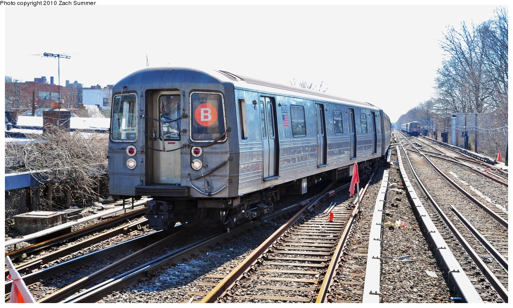 (270k, 1044x626)<br><b>Country:</b> United States<br><b>City:</b> New York<br><b>System:</b> New York City Transit<br><b>Line:</b> BMT Brighton Line<br><b>Location:</b> Kings Highway <br><b>Route:</b> B<br><b>Car:</b> R-68 (Westinghouse-Amrail, 1986-1988)  2908 <br><b>Photo by:</b> Zach Summer<br><b>Date:</b> 3/9/2010<br><b>Viewed (this week/total):</b> 1 / 1129