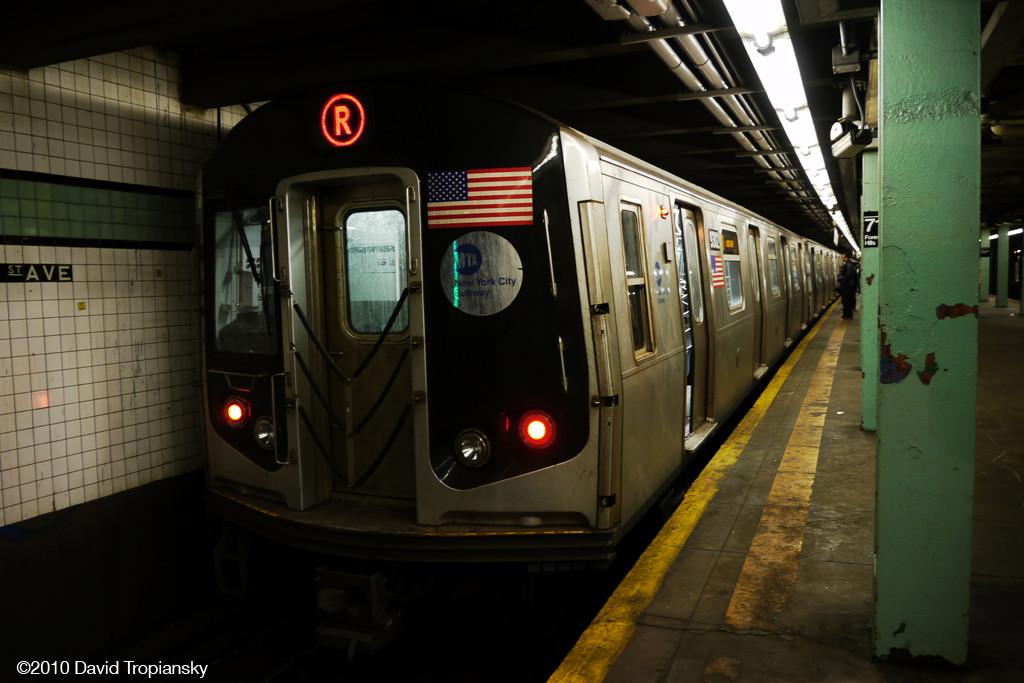 (198k, 1024x683)<br><b>Country:</b> United States<br><b>City:</b> New York<br><b>System:</b> New York City Transit<br><b>Line:</b> IND Queens Boulevard Line<br><b>Location:</b> 71st/Continental Aves./Forest Hills <br><b>Route:</b> R<br><b>Car:</b> R-160A (Option 1) (Alstom, 2008-2009, 5 car sets)  9302 <br><b>Photo by:</b> David Tropiansky<br><b>Date:</b> 4/3/2010<br><b>Viewed (this week/total):</b> 0 / 1734