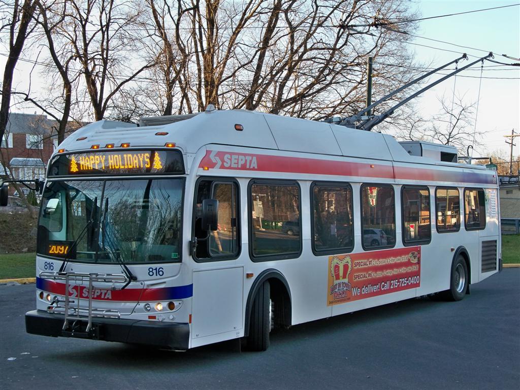 (194k, 1024x768)<br><b>Country:</b> United States<br><b>City:</b> Philadelphia, PA<br><b>System:</b> SEPTA (or Predecessor)<br><b>Line:</b> SEPTA Trackless Trolley Routes<br><b>Car:</b> SEPTA New Flyer E40LF Trackless (2007) 816 <br><b>Photo by:</b> Fran Rogers<br><b>Date:</b> 12/27/2009<br><b>Notes:</b> City Line loop<br><b>Viewed (this week/total):</b> 0 / 703
