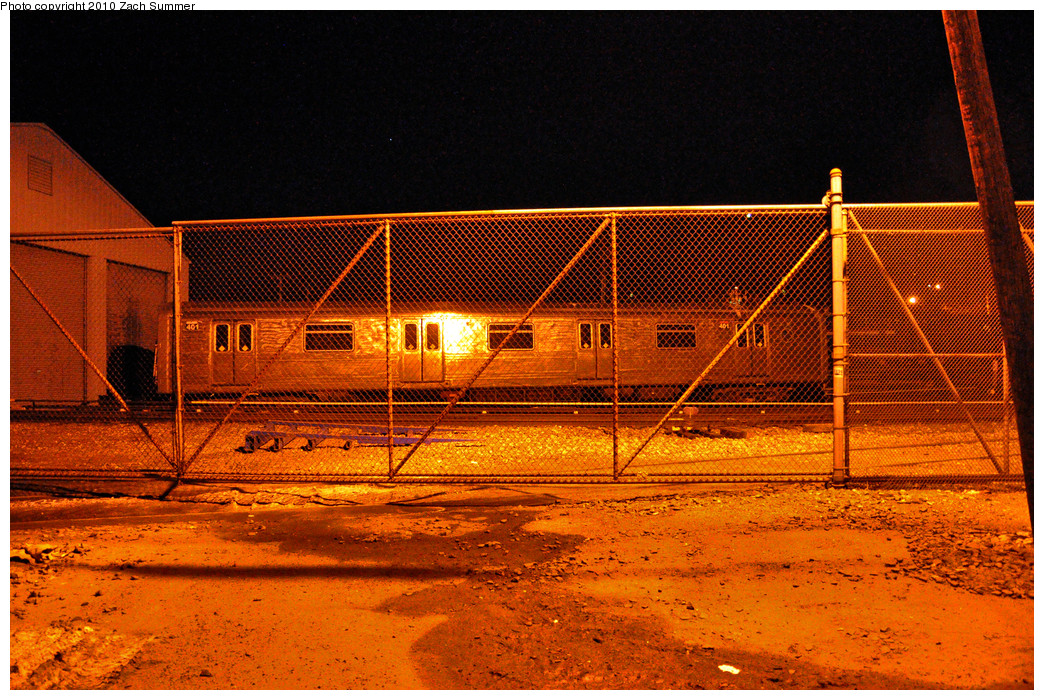 (452k, 1044x700)<br><b>Country:</b> United States<br><b>City:</b> New York<br><b>System:</b> New York City Transit<br><b>Line:</b> SIRT<br><b>Location:</b> Clifton Yard/Shops <br><b>Car:</b> R-44 SIRT (St. Louis, 1971-1973) 401 <br><b>Photo by:</b> Zach Summer<br><b>Date:</b> 3/10/2010<br><b>Viewed (this week/total):</b> 1 / 960