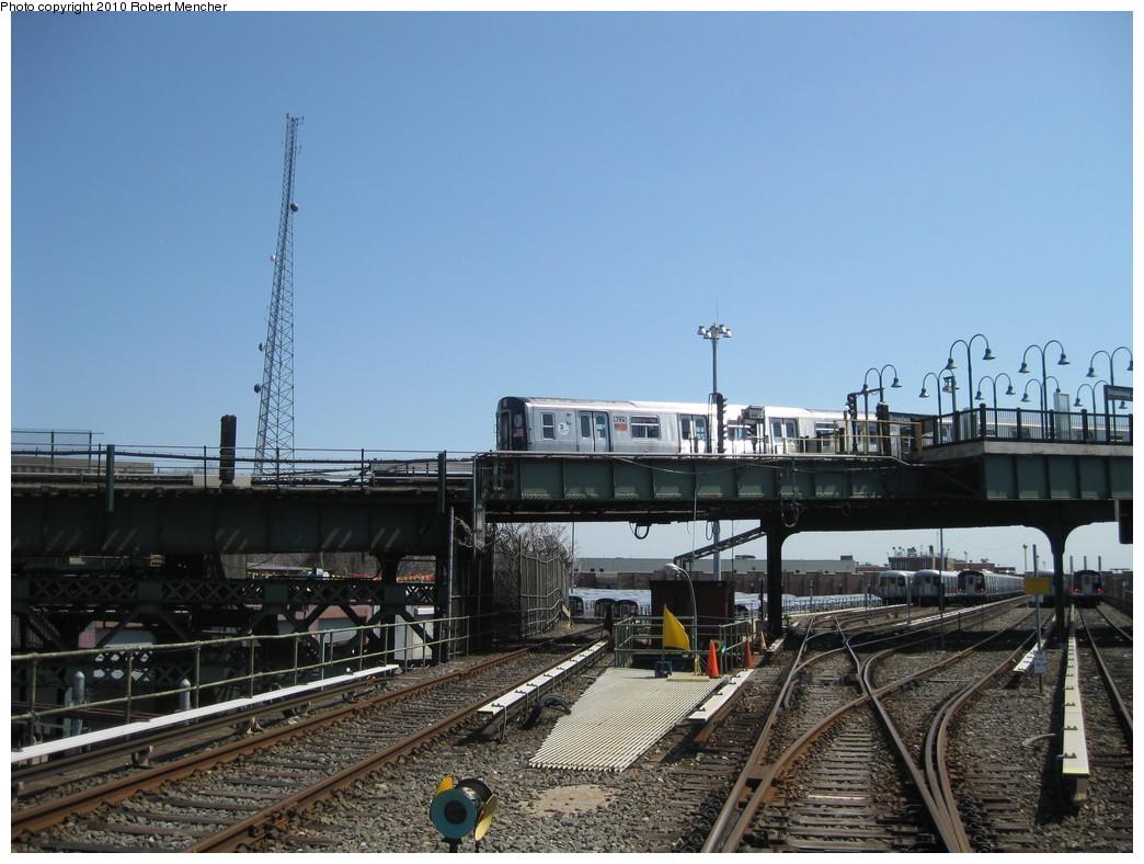 (220k, 1044x788)<br><b>Country:</b> United States<br><b>City:</b> New York<br><b>System:</b> New York City Transit<br><b>Line:</b> BMT Canarsie Line<br><b>Location:</b> Broadway Junction <br><b>Route:</b> L<br><b>Car:</b> R-143 (Kawasaki, 2001-2002) 8225 <br><b>Photo by:</b> Robert Mencher<br><b>Date:</b> 4/4/2010<br><b>Viewed (this week/total):</b> 0 / 1292