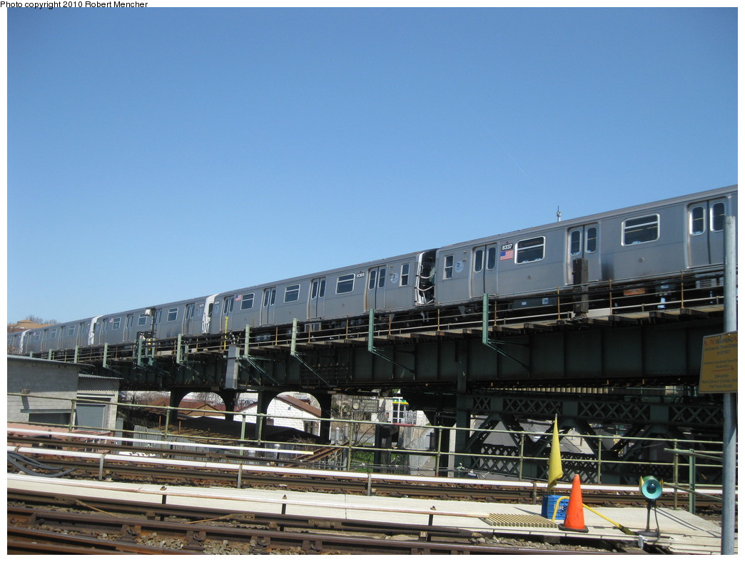 (206k, 1044x788)<br><b>Country:</b> United States<br><b>City:</b> New York<br><b>System:</b> New York City Transit<br><b>Line:</b> BMT Canarsie Line<br><b>Location:</b> Broadway Junction <br><b>Route:</b> L<br><b>Car:</b> R-143 (Kawasaki, 2001-2002) 8309 <br><b>Photo by:</b> Robert Mencher<br><b>Date:</b> 4/4/2010<br><b>Viewed (this week/total):</b> 2 / 771