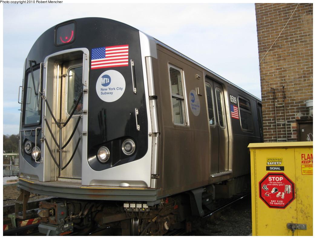 (215k, 1044x788)<br><b>Country:</b> United States<br><b>City:</b> New York<br><b>System:</b> New York City Transit<br><b>Line:</b> BMT Nassau Street/Jamaica Line<br><b>Location:</b> Broadway/East New York (Broadway Junction) <br><b>Route:</b> J<br><b>Car:</b> R-160A-1 (Alstom, 2005-2008, 4 car sets)  8509 <br><b>Photo by:</b> Robert Mencher<br><b>Date:</b> 4/4/2010<br><b>Viewed (this week/total):</b> 1 / 902