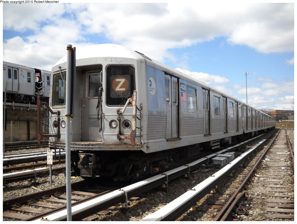 (255k, 1044x788)<br><b>Country:</b> United States<br><b>City:</b> New York<br><b>System:</b> New York City Transit<br><b>Location:</b> East New York Yard/Shops<br><b>Car:</b> R-42 (St. Louis, 1969-1970)  4829 <br><b>Photo by:</b> Robert Mencher<br><b>Date:</b> 4/18/2010<br><b>Viewed (this week/total):</b> 0 / 693