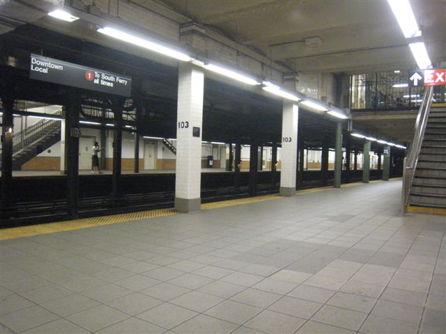 (52k, 640x480)<br><b>Country:</b> United States<br><b>City:</b> New York<br><b>System:</b> New York City Transit<br><b>Line:</b> IRT West Side Line<br><b>Location:</b> 103rd Street <br><b>Photo by:</b> David Blair<br><b>Date:</b> 7/10/2009<br><b>Viewed (this week/total):</b> 4 / 1268
