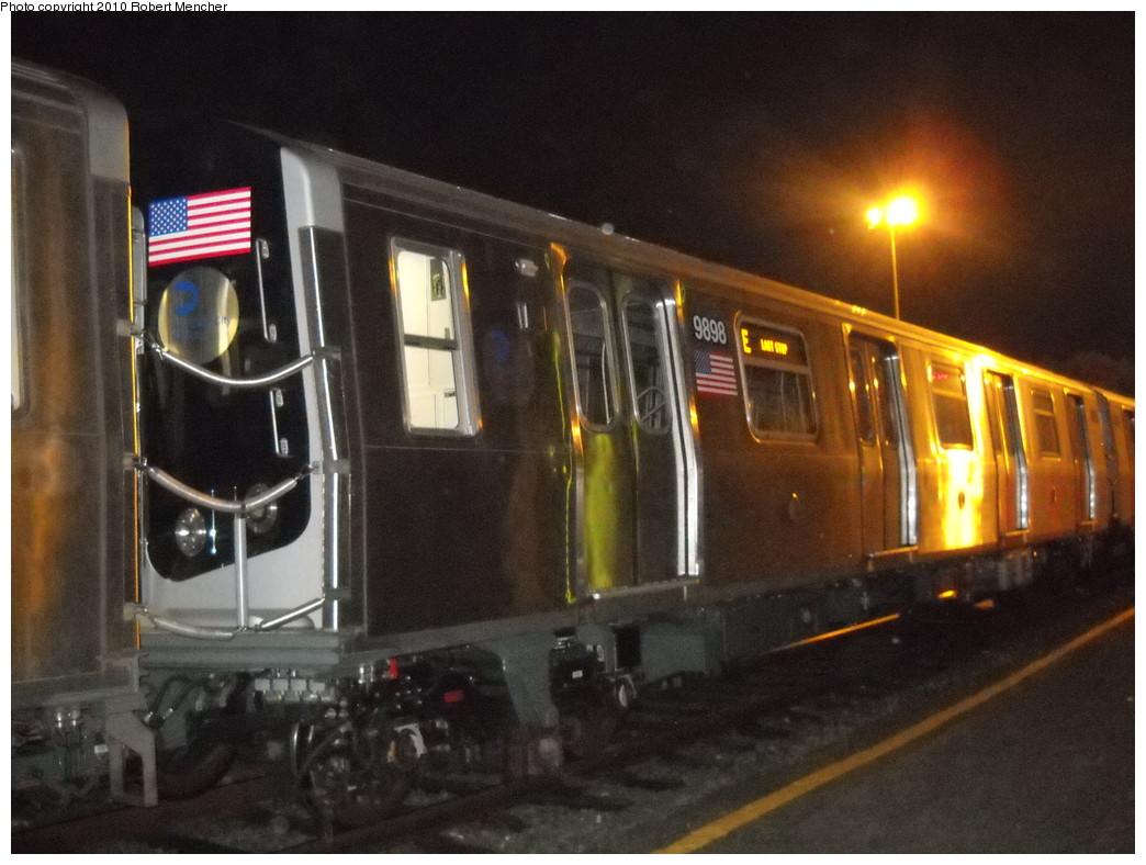 (233k, 1044x788)<br><b>Country:</b> United States<br><b>City:</b> New York<br><b>System:</b> New York City Transit<br><b>Location:</b> Jamaica Yard/Shops<br><b>Car:</b> R-160B (Option 2) (Kawasaki, 2009)  9898 <br><b>Photo by:</b> Robert Mencher<br><b>Date:</b> 4/30/2010<br><b>Viewed (this week/total):</b> 0 / 1354