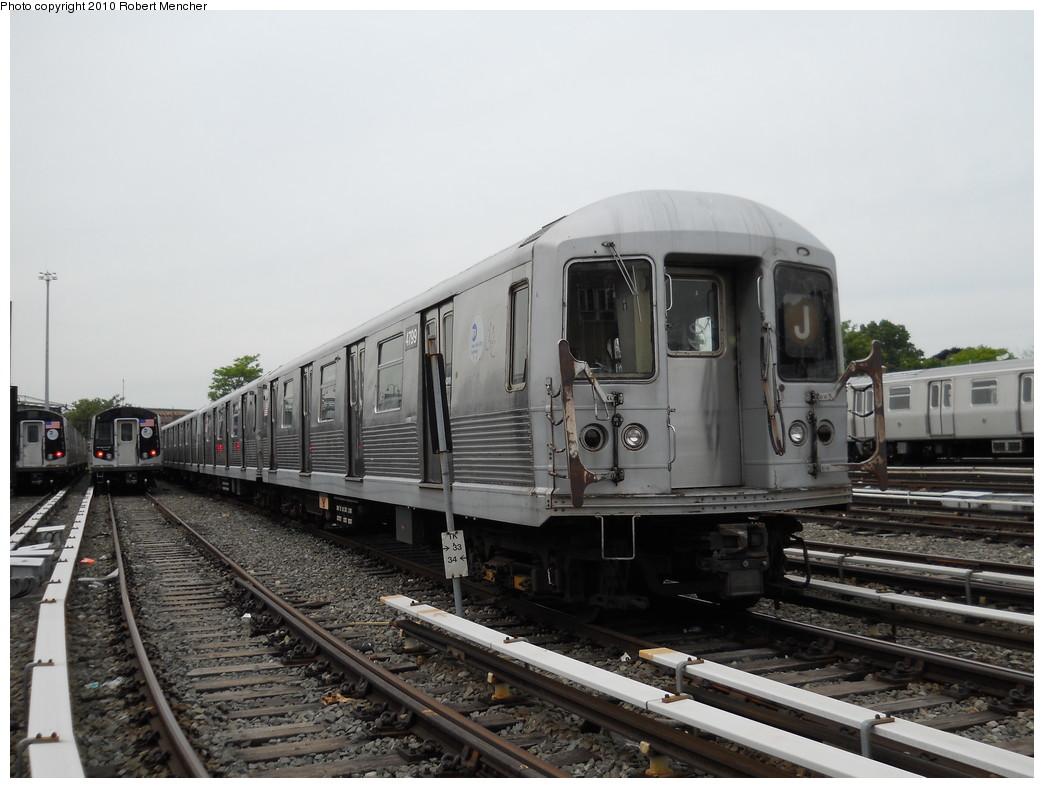 (238k, 1044x788)<br><b>Country:</b> United States<br><b>City:</b> New York<br><b>System:</b> New York City Transit<br><b>Location:</b> East New York Yard/Shops<br><b>Car:</b> R-42 (St. Louis, 1969-1970)  4799 <br><b>Photo by:</b> Robert Mencher<br><b>Date:</b> 5/17/2010<br><b>Viewed (this week/total):</b> 0 / 689