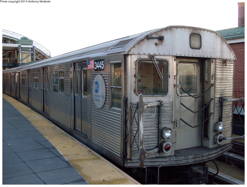 (258k, 1044x788)<br><b>Country:</b> United States<br><b>City:</b> New York<br><b>System:</b> New York City Transit<br><b>Location:</b> Coney Island/Stillwell Avenue<br><b>Route:</b> F<br><b>Car:</b> R-32 (Budd, 1964)  3445 <br><b>Photo by:</b> Anthony Modesto<br><b>Date:</b> 2/16/2009<br><b>Viewed (this week/total):</b> 1 / 899
