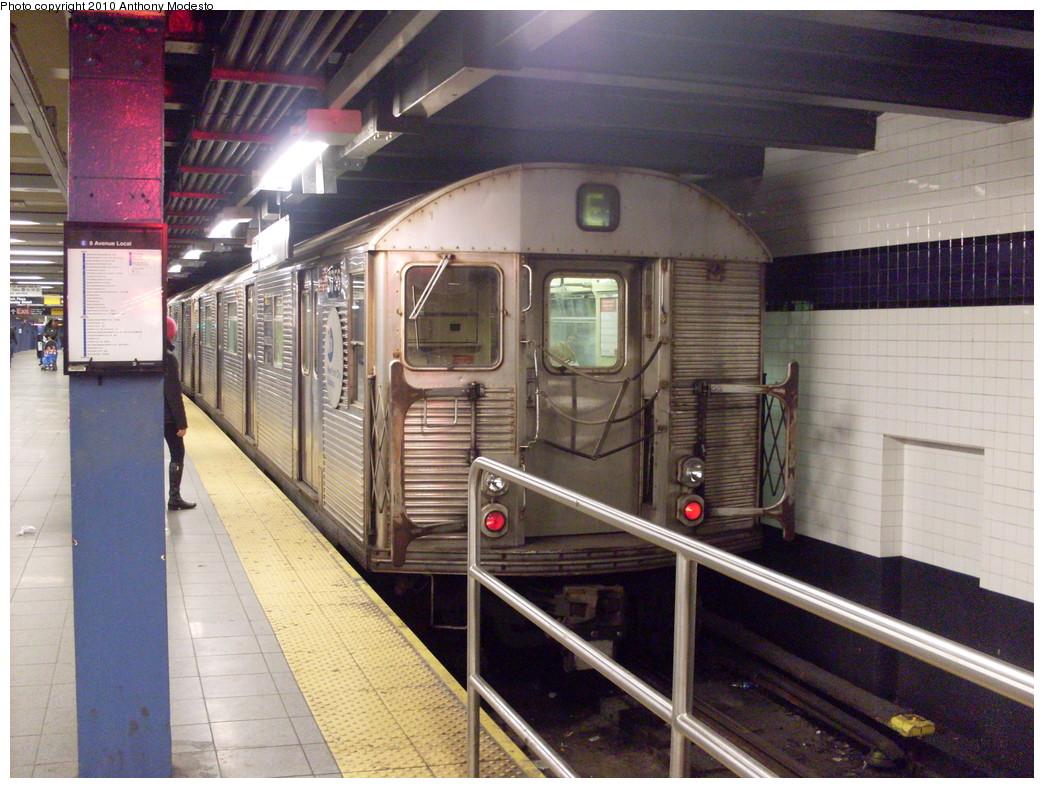 (283k, 1044x788)<br><b>Country:</b> United States<br><b>City:</b> New York<br><b>System:</b> New York City Transit<br><b>Line:</b> IND 8th Avenue Line<br><b>Location:</b> Chambers Street/World Trade Center<br><b>Route:</b> E<br><b>Car:</b> R-32 (Budd, 1964) 3756 <br><b>Photo by:</b> Anthony Modesto<br><b>Date:</b> 2/28/2009<br><b>Viewed (this week/total):</b> 2 / 1346