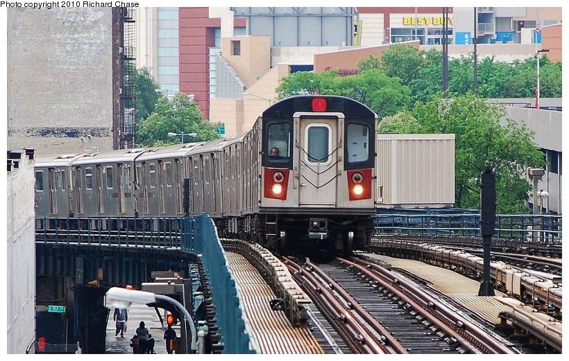 (176k, 820x521)<br><b>Country:</b> United States<br><b>City:</b> New York<br><b>System:</b> New York City Transit<br><b>Line:</b> IRT Woodlawn Line<br><b>Location:</b> 161st Street/River Avenue (Yankee Stadium) <br><b>Route:</b> 4<br><b>Car:</b> R-142 or R-142A (Number Unknown)  <br><b>Photo by:</b> Richard Chase<br><b>Date:</b> 5/8/2010<br><b>Viewed (this week/total):</b> 0 / 1085