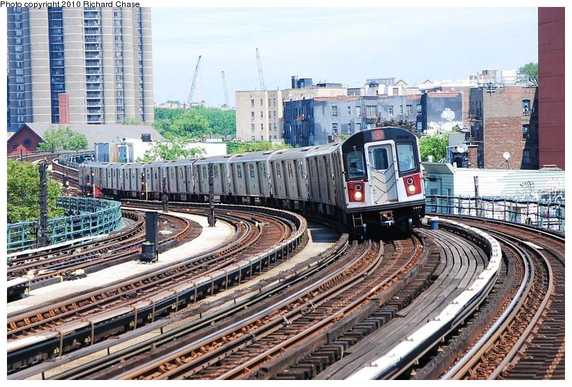 (185k, 820x555)<br><b>Country:</b> United States<br><b>City:</b> New York<br><b>System:</b> New York City Transit<br><b>Line:</b> IRT Woodlawn Line<br><b>Location:</b> Bedford Park Boulevard <br><b>Route:</b> 4<br><b>Car:</b> R-142 or R-142A (Number Unknown)  <br><b>Photo by:</b> Richard Chase<br><b>Date:</b> 5/8/2010<br><b>Viewed (this week/total):</b> 0 / 1105