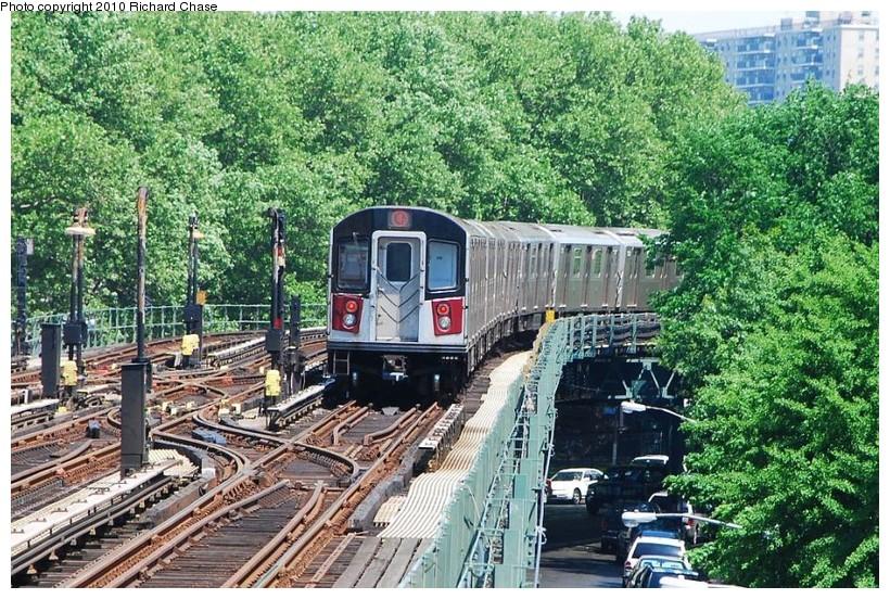 (223k, 820x552)<br><b>Country:</b> United States<br><b>City:</b> New York<br><b>System:</b> New York City Transit<br><b>Line:</b> IRT Woodlawn Line<br><b>Location:</b> Kingsbridge Road <br><b>Route:</b> 4<br><b>Car:</b> R-142 or R-142A (Number Unknown)  <br><b>Photo by:</b> Richard Chase<br><b>Date:</b> 5/8/2010<br><b>Viewed (this week/total):</b> 0 / 1460