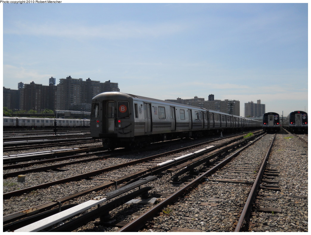 (293k, 1044x788)<br><b>Country:</b> United States<br><b>City:</b> New York<br><b>System:</b> New York City Transit<br><b>Location:</b> Coney Island Yard<br><b>Car:</b> R-68A (Kawasaki, 1988-1989)  5120 <br><b>Photo by:</b> Robert Mencher<br><b>Date:</b> 5/26/2010<br><b>Viewed (this week/total):</b> 0 / 1034