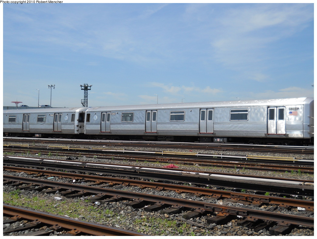 (287k, 1044x788)<br><b>Country:</b> United States<br><b>City:</b> New York<br><b>System:</b> New York City Transit<br><b>Location:</b> Coney Island Yard<br><b>Car:</b> R-44 (St. Louis, 1971-73) 5262 <br><b>Photo by:</b> Robert Mencher<br><b>Date:</b> 5/26/2010<br><b>Notes:</b> R44 cars in hold line--out of service.<br><b>Viewed (this week/total):</b> 1 / 685