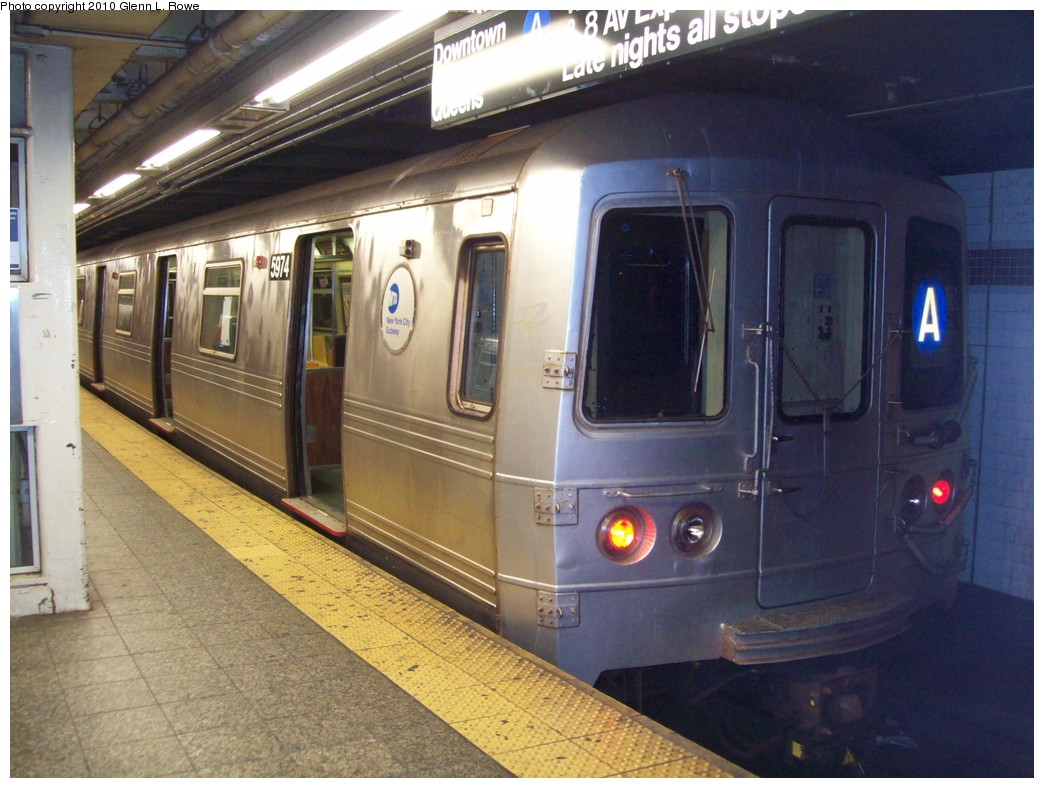 (213k, 1044x788)<br><b>Country:</b> United States<br><b>City:</b> New York<br><b>System:</b> New York City Transit<br><b>Line:</b> IND 8th Avenue Line<br><b>Location:</b> 207th Street <br><b>Route:</b> A<br><b>Car:</b> R-46 (Pullman-Standard, 1974-75) 5974 <br><b>Photo by:</b> Glenn L. Rowe<br><b>Date:</b> 6/3/2010<br><b>Viewed (this week/total):</b> 5 / 1257
