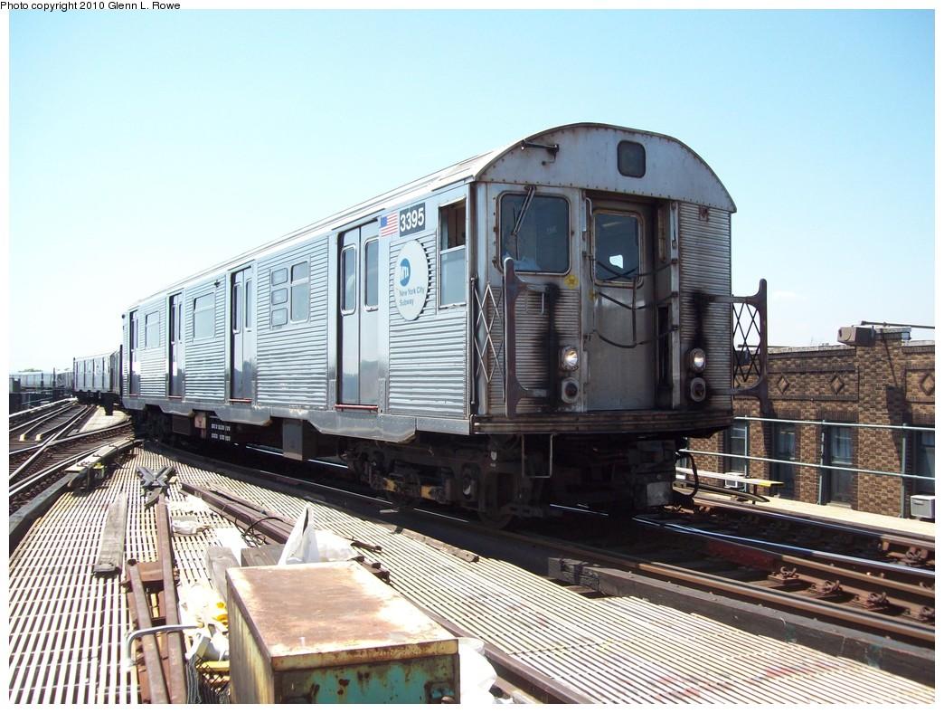 (243k, 1044x788)<br><b>Country:</b> United States<br><b>City:</b> New York<br><b>System:</b> New York City Transit<br><b>Line:</b> IND Fulton Street Line<br><b>Location:</b> Lefferts Boulevard <br><b>Route:</b> A<br><b>Car:</b> R-32 (Budd, 1964)  3395 <br><b>Photo by:</b> Glenn L. Rowe<br><b>Date:</b> 5/25/2010<br><b>Viewed (this week/total):</b> 1 / 1202