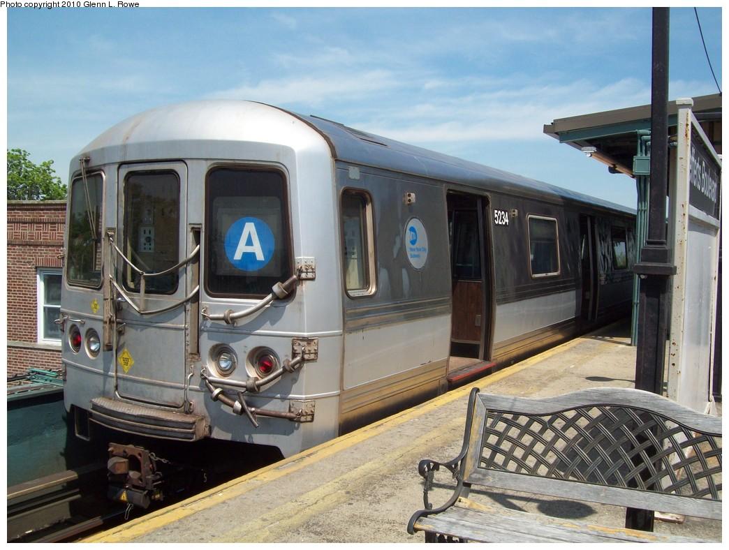 (231k, 1044x788)<br><b>Country:</b> United States<br><b>City:</b> New York<br><b>System:</b> New York City Transit<br><b>Line:</b> IND Fulton Street Line<br><b>Location:</b> Lefferts Boulevard <br><b>Route:</b> A<br><b>Car:</b> R-44 (St. Louis, 1971-73) 5234 <br><b>Photo by:</b> Glenn L. Rowe<br><b>Date:</b> 5/13/2010<br><b>Viewed (this week/total):</b> 1 / 811