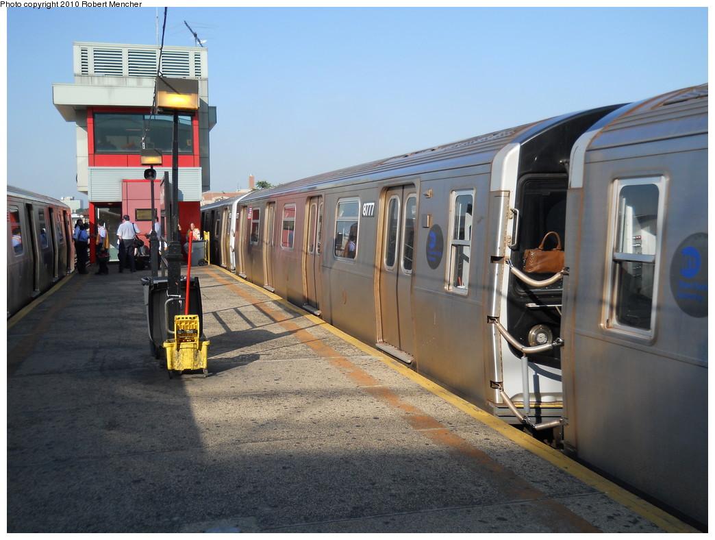 (265k, 1044x788)<br><b>Country:</b> United States<br><b>City:</b> New York<br><b>System:</b> New York City Transit<br><b>Line:</b> BMT Astoria Line<br><b>Location:</b> Ditmars Boulevard <br><b>Route:</b> N<br><b>Car:</b> R-160B (Kawasaki, 2005-2008)  8777 <br><b>Photo by:</b> Robert Mencher<br><b>Date:</b> 6/4/2010<br><b>Viewed (this week/total):</b> 1 / 1246