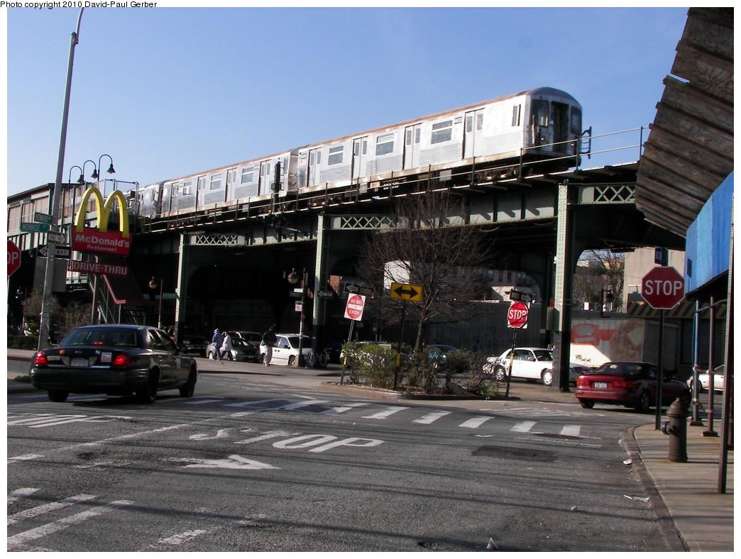 (297k, 1044x788)<br><b>Country:</b> United States<br><b>City:</b> New York<br><b>System:</b> New York City Transit<br><b>Line:</b> BMT Nassau Street/Jamaica Line<br><b>Location:</b> Gates Avenue <br><b>Route:</b> Z<br><b>Car:</b> R-42 (St. Louis, 1969-1970)  4832 <br><b>Photo by:</b> David-Paul Gerber<br><b>Date:</b> 4/2/2010<br><b>Notes:</b> On Howard Ave at Monroe Street. Jamaica-bound Z skip-stop train.<br><b>Viewed (this week/total):</b> 0 / 1659