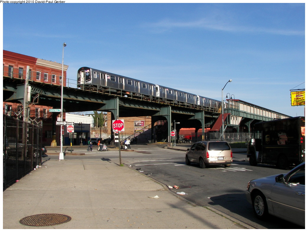 (255k, 1044x788)<br><b>Country:</b> United States<br><b>City:</b> New York<br><b>System:</b> New York City Transit<br><b>Line:</b> BMT Nassau Street/Jamaica Line<br><b>Location:</b> Halsey Street <br><b>Route:</b> J<br><b>Car:</b> R-160A-1 (Alstom, 2005-2008, 4 car sets)  8612 <br><b>Photo by:</b> David-Paul Gerber<br><b>Date:</b> 4/2/2010<br><b>Notes:</b> On Jefferson Ave, east of Saratoga Ave. Jamaica bound J skip-stop train.<br><b>Viewed (this week/total):</b> 2 / 1446