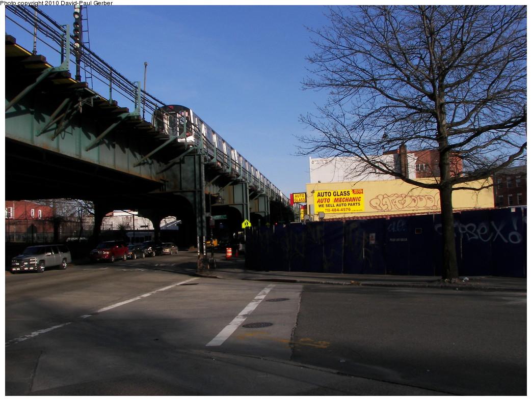 (287k, 1044x788)<br><b>Country:</b> United States<br><b>City:</b> New York<br><b>System:</b> New York City Transit<br><b>Line:</b> BMT Nassau Street/Jamaica Line<br><b>Location:</b> Broadway/East New York (Broadway Junction) <br><b>Route:</b> J<br><b>Car:</b> R-160A-1 (Alstom, 2005-2008, 4 car sets)   <br><b>Photo by:</b> David-Paul Gerber<br><b>Date:</b> 4/2/2010<br><b>Notes:</b> On Broadway at MacDougal Street<br><b>Viewed (this week/total):</b> 1 / 1234