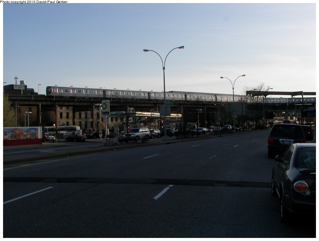 (195k, 1044x788)<br><b>Country:</b> United States<br><b>City:</b> New York<br><b>System:</b> New York City Transit<br><b>Line:</b> BMT Nassau Street/Jamaica Line<br><b>Location:</b> Alabama Avenue <br><b>Route:</b> J<br><b>Car:</b> R-160A-1 (Alstom, 2005-2008, 4 car sets)   <br><b>Photo by:</b> David-Paul Gerber<br><b>Date:</b> 4/2/2010<br><b>Notes:</b> On Jamaica Ave at Fanchon Place (near Pennsylvania Ave)<br><b>Viewed (this week/total):</b> 3 / 1305