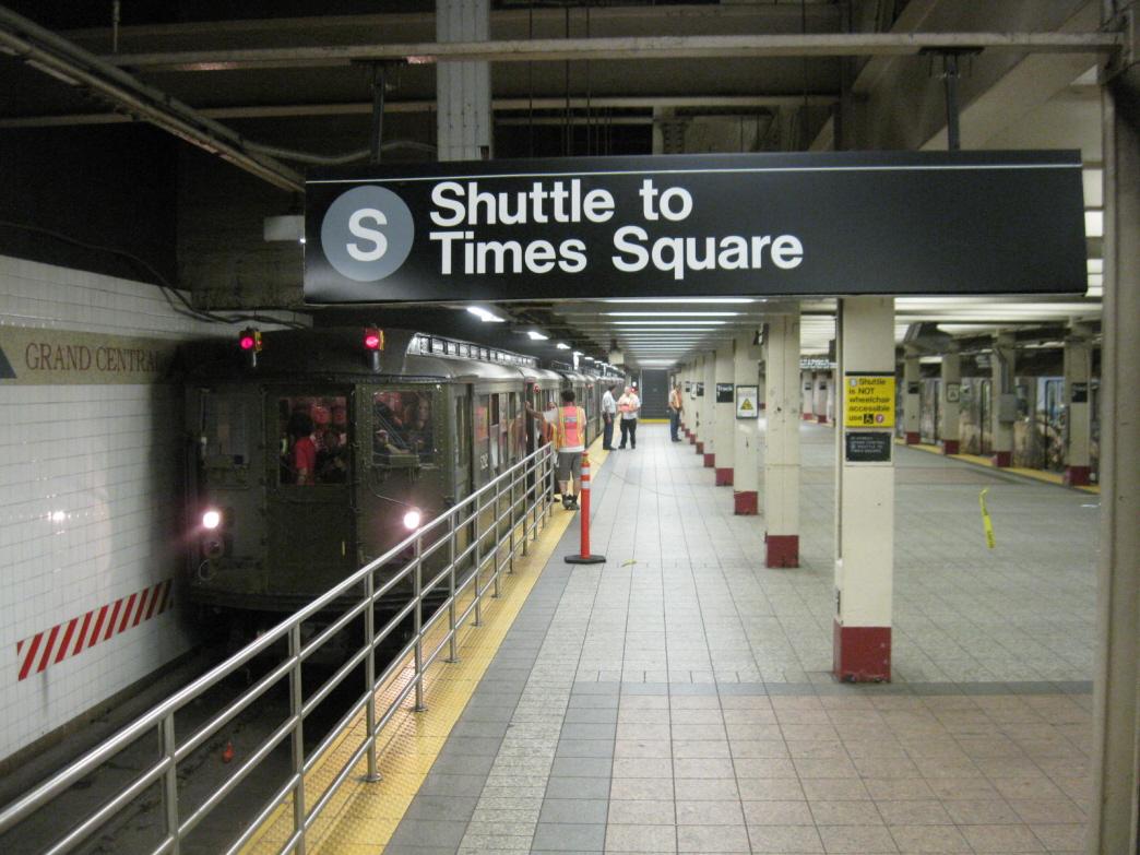 (456k, 1044x783)<br><b>Country:</b> United States<br><b>City:</b> New York<br><b>System:</b> New York City Transit<br><b>Line:</b> IRT Times Square-Grand Central Shuttle<br><b>Location:</b> Grand Central <br><b>Route:</b> Fan Trip<br><b>Car:</b> Low-V (Museum Train) 5292 <br><b>Photo by:</b> Gary Chatterton<br><b>Date:</b> 6/6/2010<br><b>Viewed (this week/total):</b> 0 / 1438