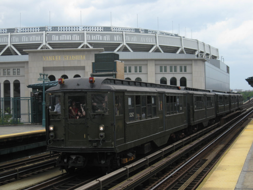 (319k, 1044x783)<br><b>Country:</b> United States<br><b>City:</b> New York<br><b>System:</b> New York City Transit<br><b>Line:</b> IRT Woodlawn Line<br><b>Location:</b> 161st Street/River Avenue (Yankee Stadium) <br><b>Route:</b> Fan Trip<br><b>Car:</b> Low-V (Museum Train) 5292 <br><b>Photo by:</b> Gary Chatterton<br><b>Date:</b> 6/6/2010<br><b>Viewed (this week/total):</b> 3 / 1395
