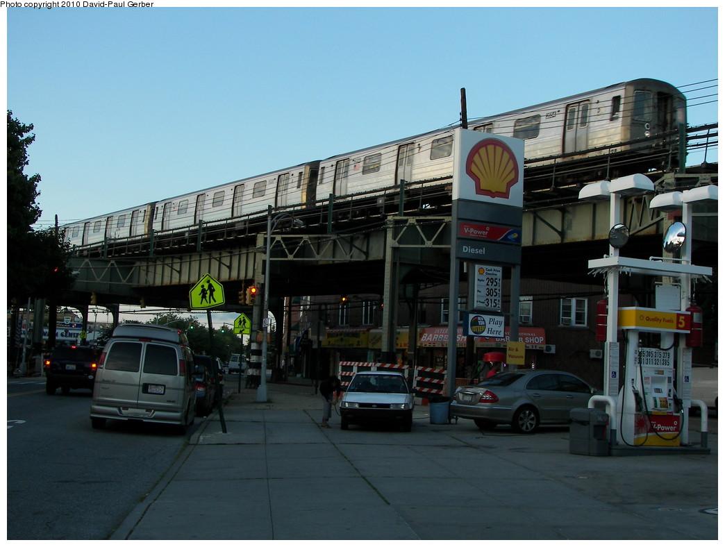 (251k, 1044x788)<br><b>Country:</b> United States<br><b>City:</b> New York<br><b>System:</b> New York City Transit<br><b>Line:</b> BMT West End Line<br><b>Location:</b> 71st Street <br><b>Route:</b> D<br><b>Car:</b> R-68 (Westinghouse-Amrail, 1986-1988)  2554 <br><b>Photo by:</b> David-Paul Gerber<br><b>Date:</b> 6/11/2010<br><b>Notes:</b> On 16th Ave and 73rd Street<br><b>Viewed (this week/total):</b> 0 / 1253