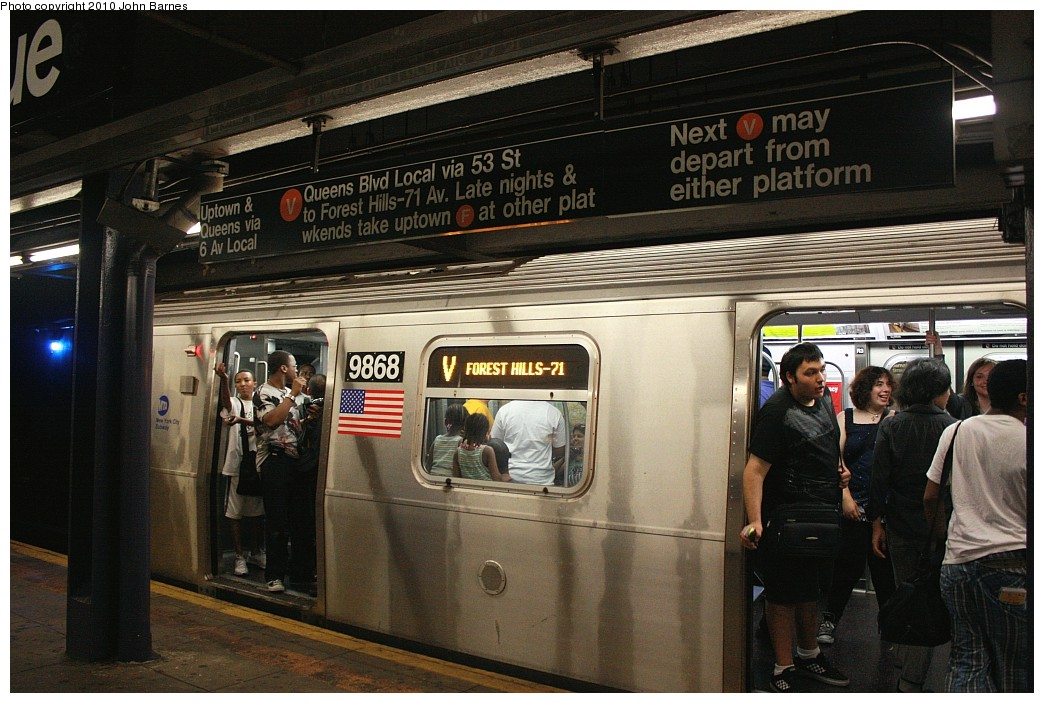 (213k, 1044x703)<br><b>Country:</b> United States<br><b>City:</b> New York<br><b>System:</b> New York City Transit<br><b>Line:</b> IND 6th Avenue Line<br><b>Location:</b> 2nd Avenue <br><b>Route:</b> V<br><b>Car:</b> R-160B (Option 2) (Kawasaki, 2009)  9868 <br><b>Photo by:</b> John Barnes<br><b>Date:</b> 6/25/2010<br><b>Notes:</b> V train final run.<br><b>Viewed (this week/total):</b> 1 / 1929